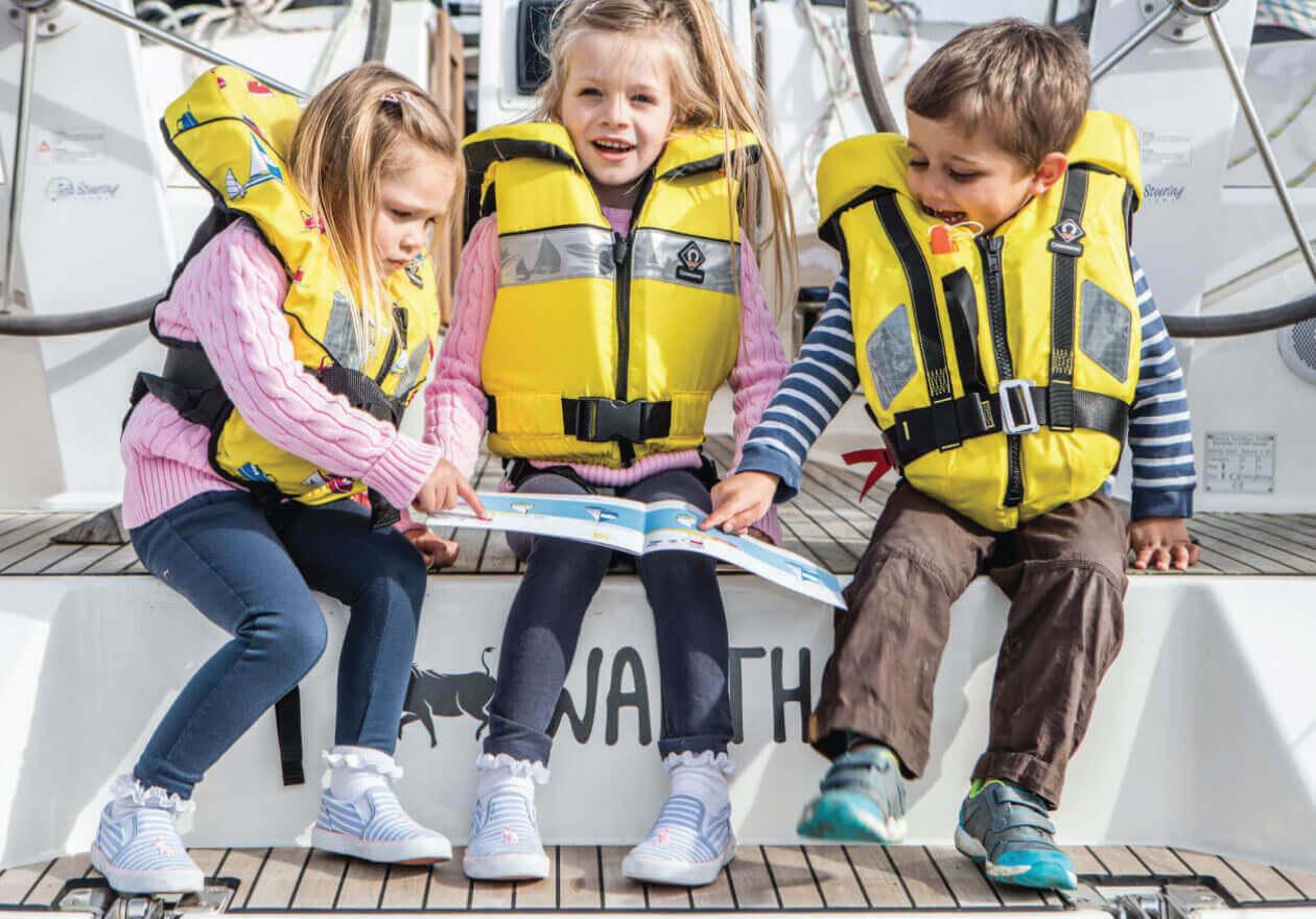 Aiuti al galleggiamento e giubbotti di salvataggio a partire da 34€