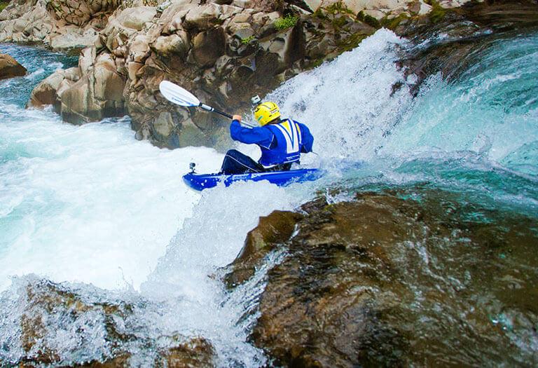 Kit kayak per acque mosse