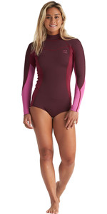 2020 Billabong Womens Synergy 2mm Long Sleeve Back Zip Flatlock Shorty Wetsuit S42G92 - Maroon