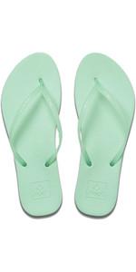 2020 Reef Womens Escape Lux Flip Flops / Sandals RF0A2YFK - Mint